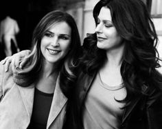Peri Gilpin and Jane Leeves Love them on Frasier! Love love love them as positive female role models and actresses! Plus they are both so gorgeous without ever having surgery.