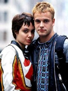 The Three Movie Buffs review Hackers (1995) Starring: Jonny Lee Miller, Angelina Jolie, Jesse Bradford
