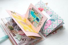 Mini Album And here is another insight into the Mini, which we crafted at Scraptied on February Diy Mini Album, Mini Albums Scrap, Mini Scrapbook Albums, Travel Scrapbook, Scrapbooking Album, Scrapbook Paper Crafts, Scrapbook Layouts, Vintage Rosen, Baby Album