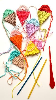 Cute little crocheted things from the ever-wonderful blog...