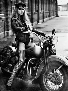 great bike chick aint bad either