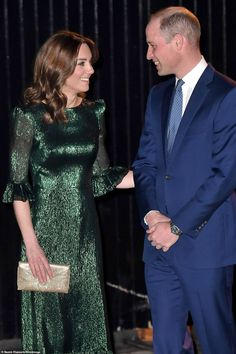 Prince William and Kate Middleton arrive at the Guinness Storehouse - Prince William and Kate Middleton arrive for evening engagement at the Guinness Storehouse in Dubli - Prince William And Catherine, William Kate, Duke William, Duke And Duchess, Duchess Of Cambridge, Catherine Cambridge, Herzogin Von Cambridge, Princesa Kate, Green Gown