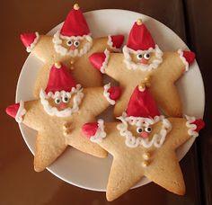 lovely little christmas biscuits Christmas Snacks, Xmas Food, Christmas Cupcakes, Christmas Cooking, Noel Christmas, Christmas Goodies, Holiday Treats, Father Christmas, Childrens Christmas