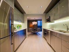 Elegante und Soll für Pantry Küche Umbaut Atemberaubende Pantry-Küche umbaut Sitze halten müssen, um die ...