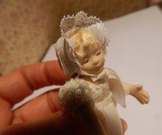 Miniature baby by Béatrice Thiérus