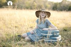 Cute photo with a suitcase! Successful Senior Photography Tips: Breaking into the Market