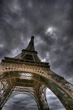 Eiffel Tower in Paris, France. Oh Paris, Paris City, Tour Eiffel, Beautiful Places, Beautiful Sites, Simply Beautiful, Places To Go, Around The Worlds, Photography