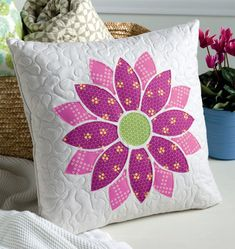 Bloom Pillow in Sew Many Gifts - 19 Handmade Delights to Give or Keep