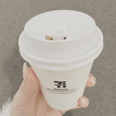 おはようございます セブンイレブンのコーヒーがすき  #朝#おはよう#セブン#せぶんいれぶん#コーヒー#ねむたい#すこし#good#morning#coffee#like#たまに#飲みたくなる by cocoo_daily