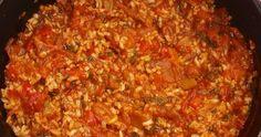 Pentru ca uneori preferam mancarurile sanatoase si mai usoare, astazi ti-am pregatit o reteta delicioasa de tocana de orez cu legume . Ingrediente : 250 g orez 3-4 linguri ulei 2 cepe mijlocii 4 morcovi 1 telina mijlocie 2 ardei grasi sau un... 20 Min, Chili, Deserts, Food And Drink, Soup, Meat, Recipes, Food Ideas, Fashion