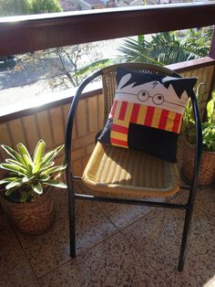 Outdoor Chairs, Outdoor Furniture, Outdoor Decor, Harry Potter, Wishbone Chair, Crafty, Storage, Home Decor, Throw Pillows