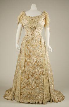 Wedding dress 1890s 400-years-of-fashion