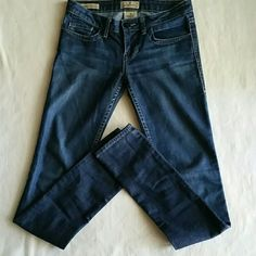 William Rast JERRI ultra skinny Jeans Excellent like new condition William Rast JERRI ultra skinny Jeans size 25. Darker wash with light factory fading. Inseam is 33'. Please let me know if you have any additional questions before purchasing. William Rast Jeans Skinny