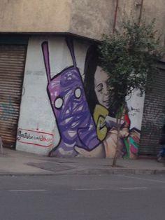 ¿Quién es? ¡Clásica película! #Cine #Santiago
