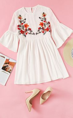 Outfits casual fashion pure color sweet cute modest skater dress with red flower embroidery for women this summer. Classy light yellow sandals with heels ootd. Teen Fashion Outfits, Look Fashion, Trendy Outfits, Fashion Dresses, Cute Outfits, Stylish Dresses, Cute Dresses, Casual Dresses, Summer Dress Outfits