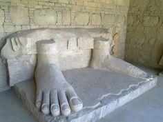 Image from http://visitpak.com/wp-content/uploads/2013/03/taxila-pakistan-3.jpg.