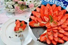 Tarta oreo z truskawkami / Oreo strawberry tart Strawberry Tart, Baked Strawberries, Oreo, Carrots, Baking, Vegetables, Ethnic Recipes, Food, Pies
