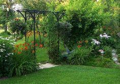Three Dogs in a Garden: The Kavassalis Garden, Oakville Garden Arbor, Side Garden, Garden Trellis, Crocosmia, Oriental Lily, Heuchera, Nature Images, Garden Spaces, Back Gardens