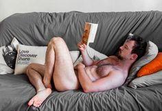 Hot man reading #HotGuysReading