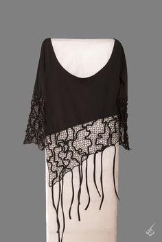 T-Shirt (schwarz) LaceArt Textiles, Lace Heart, Lace Jewelry, Irish Lace, Lace Embroidery, Bobbin Lace, Lace Design, Lace Detail, Wraps