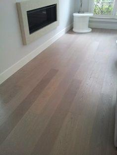 Brushed Oak Hardwood  wood flooring