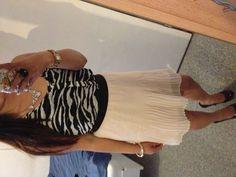 Zebraprint and soft pink skirt