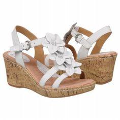 Bonitas sandalias...