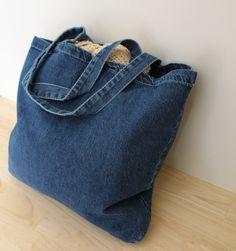 Denim tote bag - Crochet project bag - Yarn bag - Medium weight blue denim shoulder bag - Gifts for crocheters - Yarn storage - Large tote Denim Bag Patterns, Bag Crochet, Yarn Storage, Crochet Projects, Knitting Projects, Crochet Ideas, Crochet Patterns, Jean Crafts, Yarn Bag