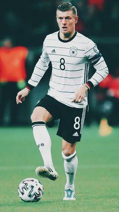 Real Madrid, Thomas Muller, Toni Kroos, National Football Teams, Adidas, Squad, Barcelona, Sporty, Style