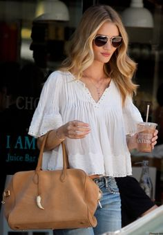Rosie Huntington Whiteley Off Duty Street Style Inspiration Style Casual, Casual Chic, Casual Outfits, Summer Outfits, Cute Outfits, My Style, Boho Style, Rosie Huntington Whiteley, Rose Huntington