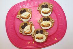 Diapers to Diplomas: Tot School - Mm Jungle Snacks, Jungle Food, Animal Snacks, Jungle Theme, Preschool Cooking, Preschool Snacks, Cooking With Kids, Kindergarten Activities, Preschool Ideas