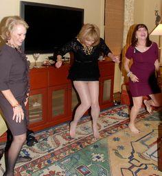 Pantyhose Legs, Women Legs, Candid, People, Fashion Styles, Stockings, People Illustration, Folk