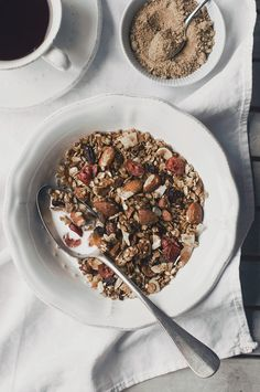granola maison facile Brunch, Oats And Honey, Cooking Recipes, Healthy Recipes, Healthy Food, Smoothie Bowl, Food Items, Breakfast Recipes, Food Photography