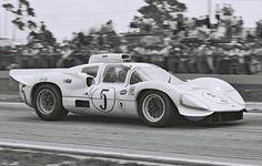 Jim Hall 1967 version of Chaparral 2D Sebring