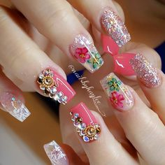 Having short nails is extremely practical. The problem is so many nail art and manicure designs that you'll find online Glam Nails, Hot Nails, Bling Nails, Beauty Nails, Fabulous Nails, Perfect Nails, Gorgeous Nails, Pretty Nails, Acrylic Nail Designs