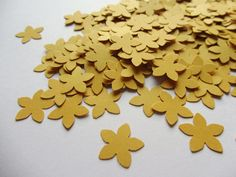 paper flowers small paper flowers, small die cuts, paper flower punches, scrapbooking, wedding confetti, party confetti, table confetti Paper Confetti, Table Confetti, Wedding Confetti, Paper Flowers Wedding, Wedding Paper, Die Cut Paper, Wedding Scrapbook, Party Punches, Scrapbooking