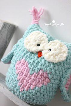 Valentine Heart Crochet Owl #CrochetValentines