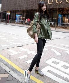 Fashionable Korean Street Style Hole Zipper One Button Pocket Decoration Slim Jeans