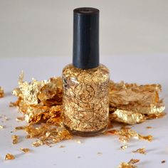 Dream a Little Bigger - Dream a Little Bigger Craft Blog - Make Your Own Gold Leaf Top Coat for Less than $6