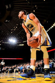 Stephen Curry: 34pts, 4ast