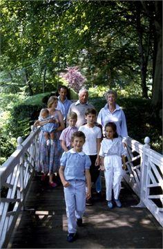 Famiglia Agnelli  Giovanni Agnelli, Marella Caracciolo, Margherita Agnelli, Edoardo Agnelli, John Elkann, Lapo Elkann, Ginevra Elkann  ©La Presse