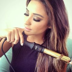 When she hadn't even finished getting ready and still looked ***flawless. | 18 Times Shay Mitchell Was The Most Glamorous Woman On Instagram MAKEUP