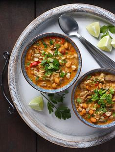 *Vegetarian Thai Peanut Soup from. Delectable Thai spices and creamy peanut butter, plus shiitake mushrooms and ramen noodles, flavor this hearty soup. Healthy Soup Recipes, Cooking Recipes, Cooking Ideas, Yummy Recipes, Salad Recipes, Vegan Recipes, Vegetarian Menu, Vegan Soups, Vegetarian Recipes