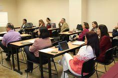 Profesores UNE reciben curso de coaching - Universidad del Noreste