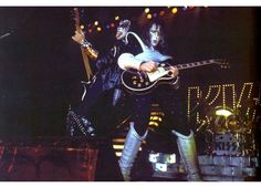 Gene and Ace Love Gun, My Love, Kiss Members, Vinnie Vincent, Eric Carr, Kiss Pictures, Paul Stanley, Kiss Band, Ace Frehley