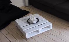 Ze+vond+een+oude+pallet+bij+het+vuil…en+transformeerde+het+in+een+PRACHTIG+stuk+meubilair!+Zo+gemakkelijk!