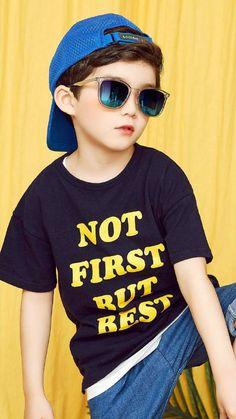 26 Ideas For Beautiful Children Boy Daughters Cute Baby Couple, Cute Baby Boy, Cute Kids Pics, Cute Girls, Cute Asian Babies, Cute Babies, Stylish Little Girls, Ulzzang Kids, Black Kids