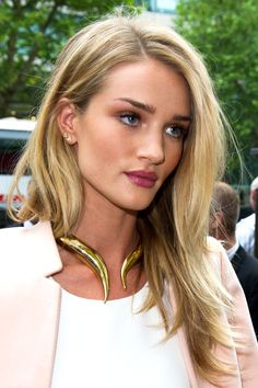 Rosie Huntington-Whiteley Anita Ko's posts are meant to be stacked.