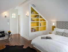 Built ins for attic rooms Attic Master Bedroom, Basement Bedrooms, Attic Rooms, Attic Spaces, Bedroom Loft, Attic Bathroom, Loft Conversion Bedroom, Attic Conversion, Loft Conversions