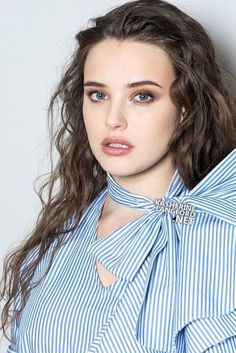 Katherine Langford for Marie Claire Hollywood Actress Photos, Hollywood Celebrities, Alex Standall, Cute Beauty, Film Serie, Beautiful Actresses, Girl Crushes, Beauty Women, Selena Gomez